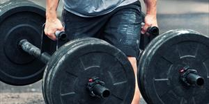 How Weighted Carries Can Benefit Your Golf Game